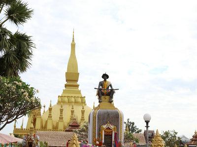 办理老挝签证,提供的照片应满足哪些要求?
